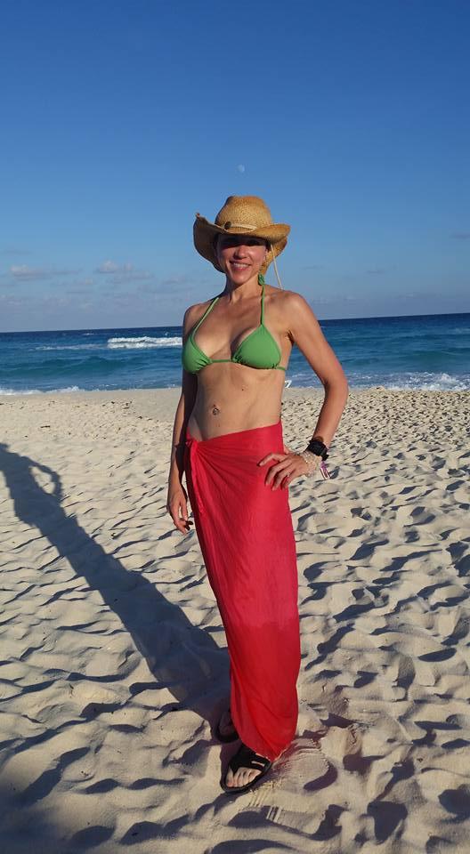 laura-beach